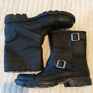 UGG Rockville Boots